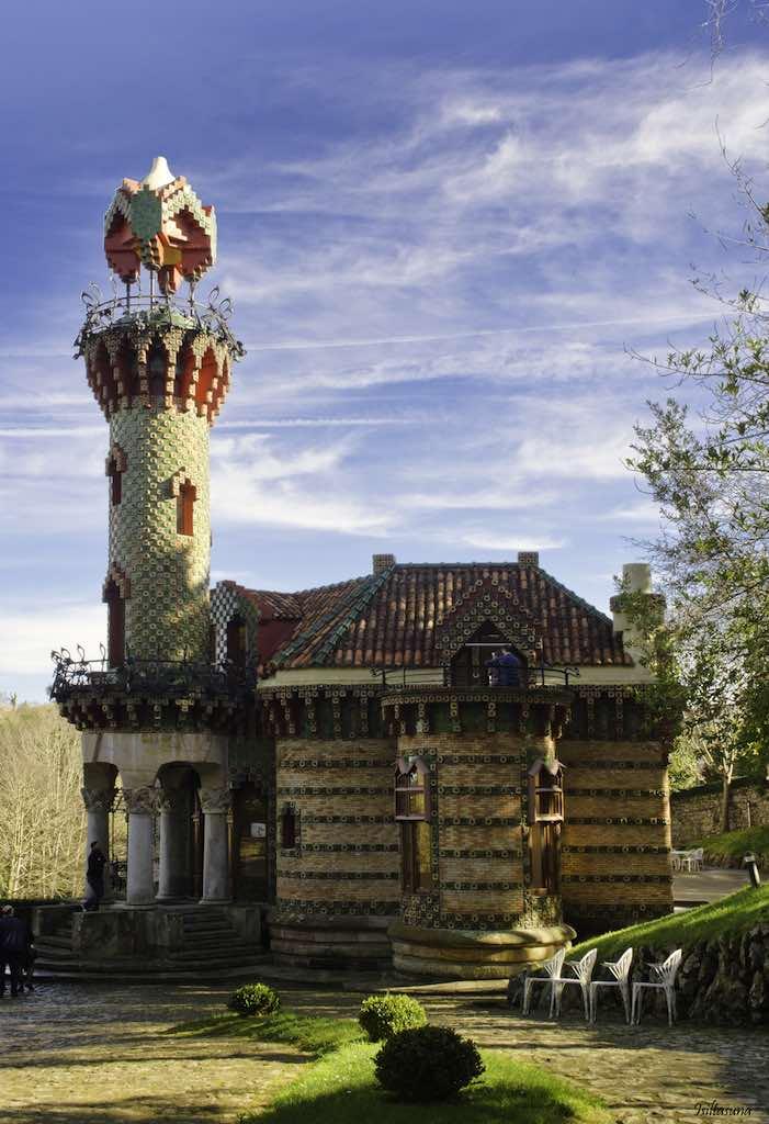 Capricho de Gaudí, Villa Quijano (foto de Isiltasuna)
